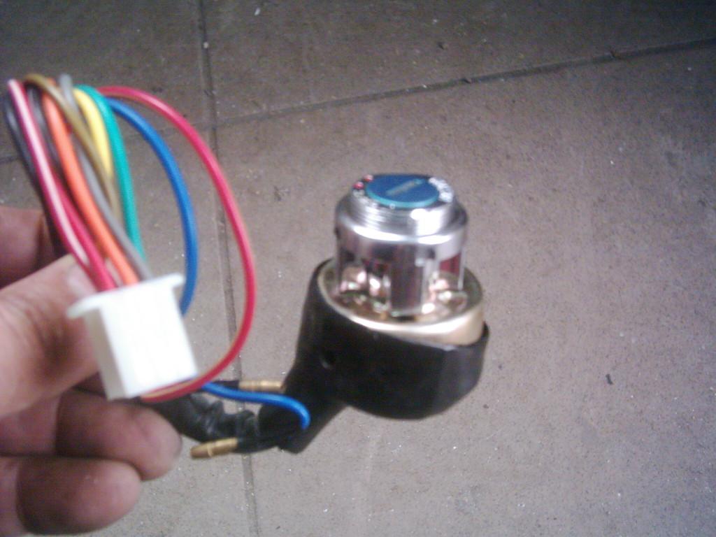 ATV- Quad kétállású gyújtáskapcsoló.